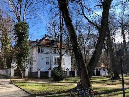 Stilvolle Wohnung in Bestlage Bogenhausen zur Untermiete für 3 Monate mit EBK und Balkon
