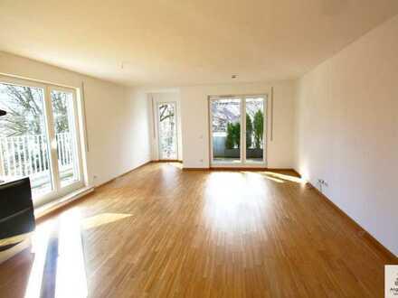 Sonnige Dachterrassen-Wohnung * 2 Bäder * Toplage * absolut ruhig