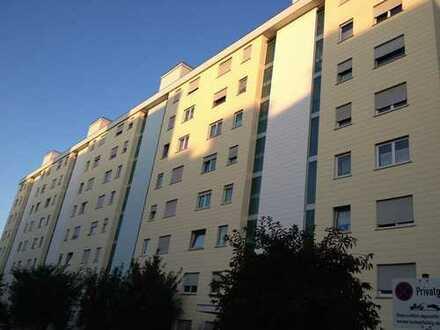Top moderne, helle und ruhige 2-Zimmer-Wohnung mit ca. 62 m² und Westbalkon