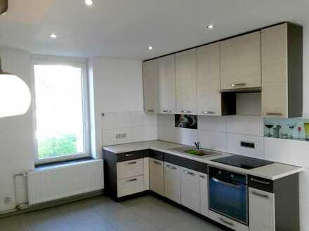 Moderne und geräumige Wohnung in der Innenstadt, WG-geeignet
