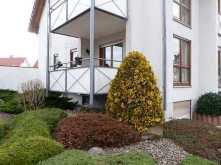 Wohnungen im Doppelpack: Schöne 3,5 Zimmer-Hochparterrewohnung plus eine 1 Zimmer- Souterrainwohnung