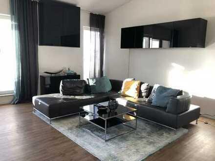 Luxuriöses Penthouse mit 150qm Dachterrasse zu vermieten