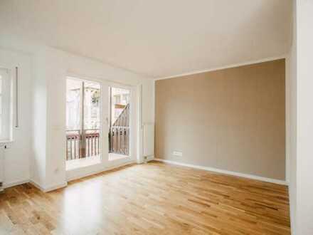 Geschmackvolle 1,5-Zimmer-Wohnung mit Balkon und Einbauküche in Stuttgart