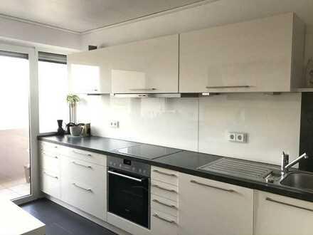 Helle 3-Raum-Wohnung mit Balkon und Einbauküche in Heilbronn-Böckingen
