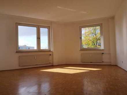 Schöne und helle 3 Zimmer Wohnung in Wettbergen Mühlenbergzentrum
