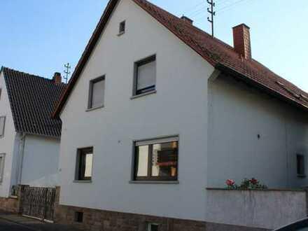 Schönes, geräumiges Haus mit sieben Zimmern in Niederkirchen bei Deidesheim