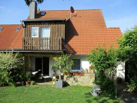 Top Doppelhaushälfte mit Einliegerwohnung in Frellstedt