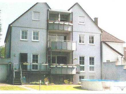 Haus im Haus mit großem Grundstück (§34 BauGB) zu verkaufen