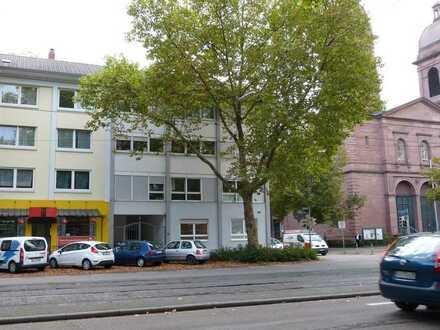 ZENTRAL GELEGENE 4-ZIMMER-WOHNUNG IN MÜHLBURG