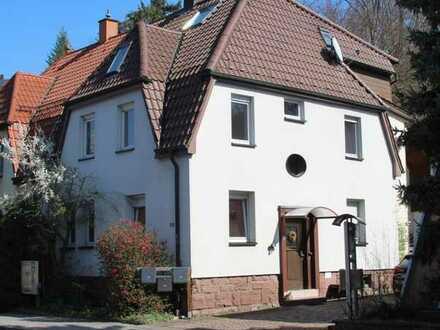 Renovierte 3-Zimmer Wohnung mit Altbaucharme in Niefern-Öschelbronn zu vermieten!