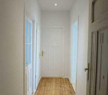 Erstbezug nach Sanierung! Wunderschöne, helle zwei Zimmer Wohnung in Prenzlauer Berg!!