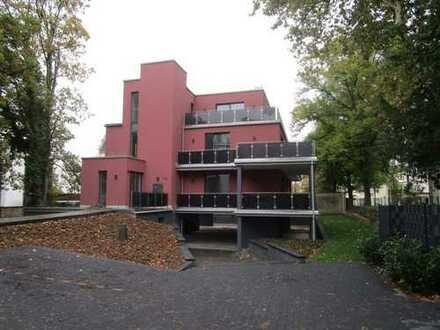 Exklusive 4-Zimmer-Wohnung in schöner Stadtvilla