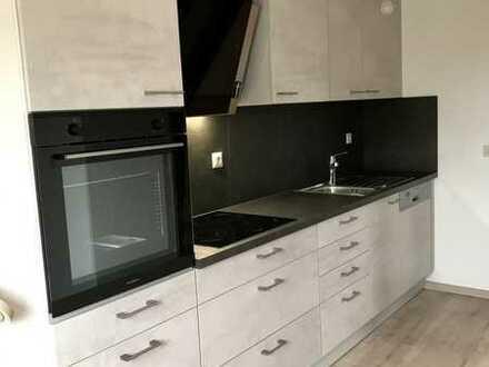 Langenbrettach: Teilrenovierte 3-Zimmer-DG-Whg in Zweifamilienhaus mit neuer Einbauküche u. Balkon