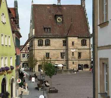 Großzügige Büro- oder Praxisfläche mitten in Weißenburg!