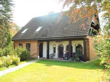 Dr. Lehner Immobilien NB -  Landhausidylle am Waldrand mit 4,4 ha Pferdeparadies