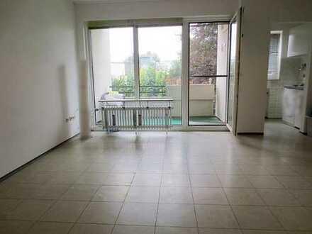 Sonniges Appartement mit Balkon am Ende von Opladen
