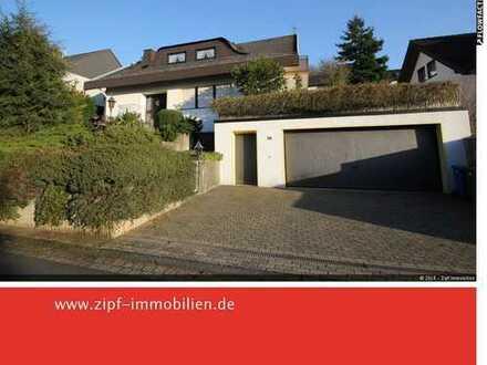 **Großzügiges Einfamilienwohnhaus in ruhiger sonniger Lage in Gelnhausen-Stadt**