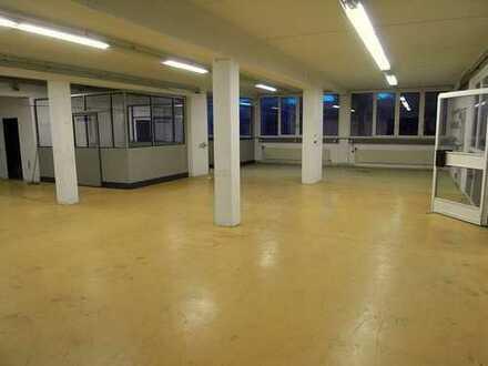Vielseitig nutzbare Produktionshalle/Werkstätte mit Bürobereich in Baindt - Teilanmietung möglich!
