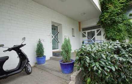 Möblierte 2-Zimmer-Wohnung in direkter Rheinnähe inklusive Garten und Stellplatz!