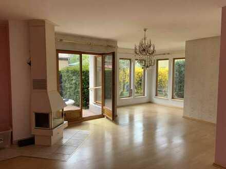 Wunderschönes Ein-/Zweifamilienhaus (2 getrennte Wohnungen) in Berlin-Grünau