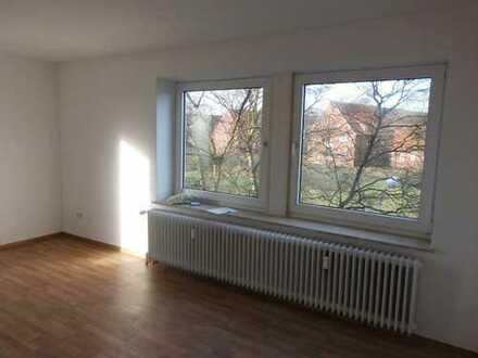 Schöne Singlewohnung im Erdgeschoss !