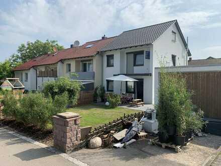 Reihenendhaus mit 5,5 Zimmern und großem Garten von Privat