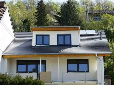 Wunderschöne Maisonette Wohnung in Weingarten (Baden)