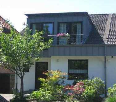 DHH als Split-Level-Haus in bester Wohnlage von Meerbusch-Lank