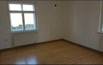 Preiswerte, sanierte, schöne & helle 3-Zimmer-Wohnung am Reißberg in Greiz
