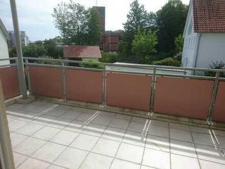 für Sonnenanbeter: 3-Zimmer-Wohnung mit 2 Balkonen in ruhiger Lage