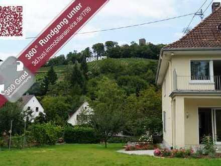 360°! Stadtvilla erstrahlt in neuem Glanz! Exklusives Schmuckstück mit Turmbergblick!