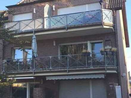 Schöne helle geräumige Wohnung mit Balkon und EBK in Neuwerk