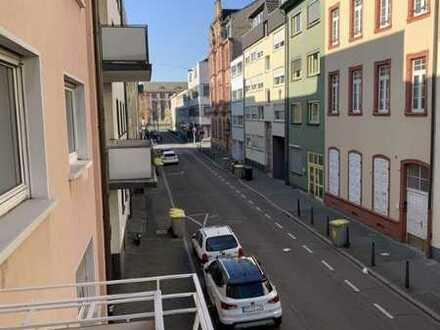 *** MANNHEIM - INNENSTADT *** B 1 / Grosszügige & bezugsfreie 3 ZKD+2 x Balkon