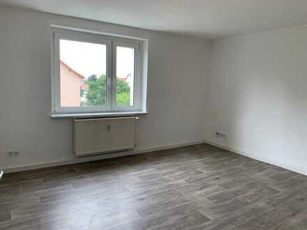 **Herzlich Willkommen, RENOVIERT! 2-Raum-Wohnung Neustadt II Lauchhammer**