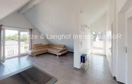 Mit dem Lift direkt in die Wohnung mit Balkon, EBK und Dachterrasse