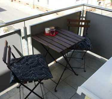 **Ab sofort! ** Studenten aufgepasst! Schönes Apartment mit Balkon + Pantryküche, MA-Feudenheim