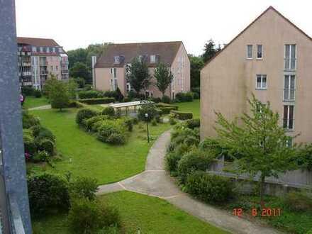 Provisions-Freie BEZUGS-FREIE 3 Zimmer im Grünen mit Balkon, TG Stellplatz