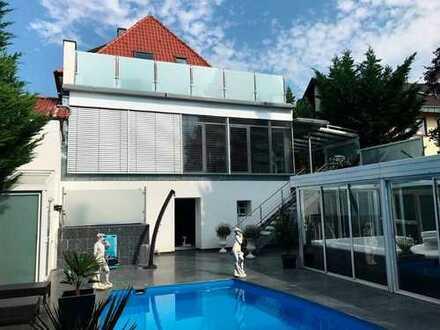 Wunderschöne Villa (ca. 11,3 Ar Grdstck) 1-3 Fam.-Haus in Toplage ca.315 m² WFL (weiter bebaubar!?)