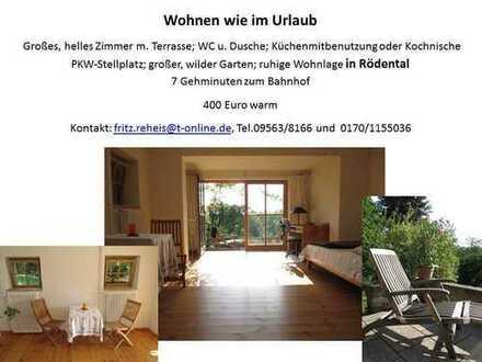 Neuwertige 1-Zimmer-Wohnung mit Balkon und EBK in Rödental