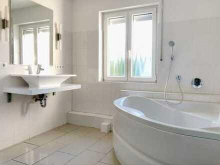 Ohne Makler: Modernes RMH mit 3,5 Zimmern in Alterlangen!