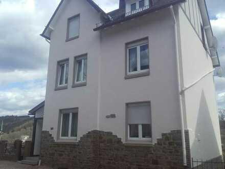 Ruhige, attraktive, gepflegte 2-Zimmer-Dachgeschosswohnung in Betzdorf