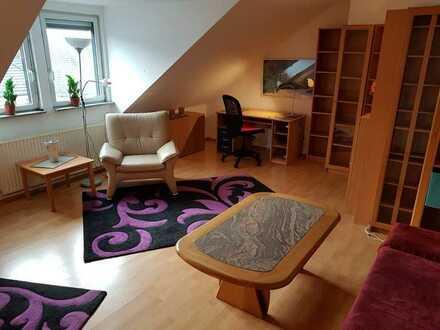 Provisionsfrei Günstige, geräumige und modernisierte 2-Zimmer-Wohnung mit EBK in Düren (Kreis)