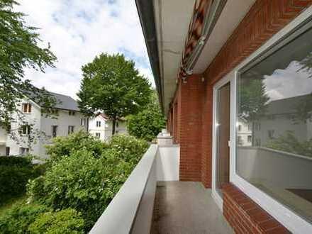 Nähe Tibarg/ sanierte 3-Zimmer-Wohnung mit Balkon in grüner Lage