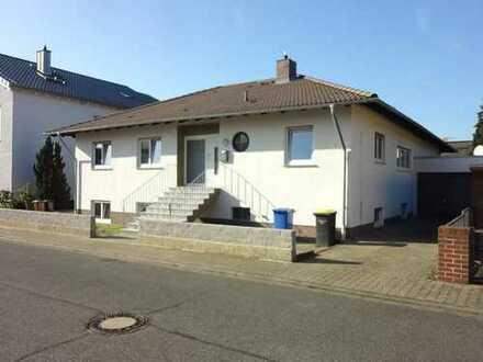 Haus* 2 Wohnebenen* ca. 300qm* Terrasse ca.40qm* Garage* Garten* Kamin* 2x tgl.Bad* Stockstadt a.R.