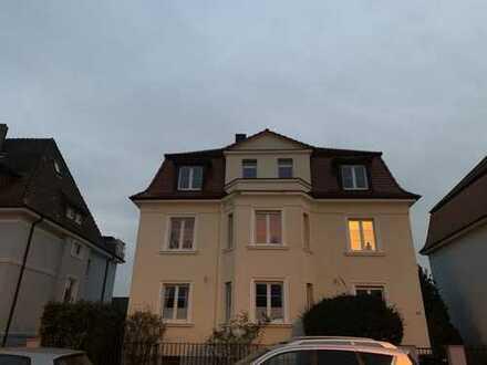 ren. sonnige 3(4) Zi. Wohnung in san. Altbau mit sep.Dachstudio