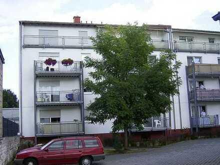 Moderne, kinderfreundliche 3 Zimmer, Küche, Bad, Balkon in Kaiserslautern Ost
