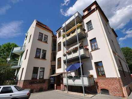 Gemütliche Single Wohnung mit Einbauküche und Balkon
