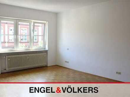 Wohnung nahe Altpörtel für Singles und Paare!