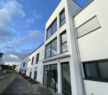 Erstbezug: exklusive 3-Zimmer-Maisonette-Wohnung 115qm mit EBK und Balkon in Seligenstadt