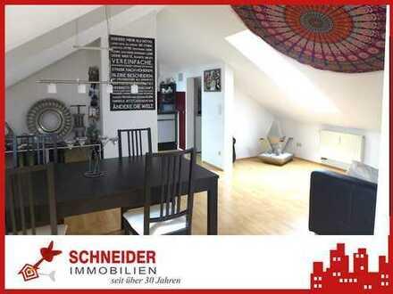 IMMOBILIEN SCHNEIDER - Innenstadt - wunderschöne 2 Zimmer DG Wohnung mit Laminat